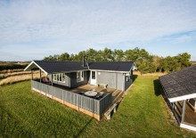 Hyggeligt feriehus m. god terrasse i rolige omgivelser. Kat. nr.:  K6384, Sivsangervej 16;
