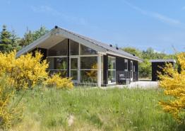 Helles freundliches Nichtraucherhaus auf ungestörtem Naturgrundstück. Kat. nr.:  K6438, Ahornalle 20;