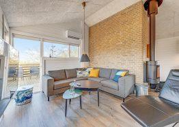 Luksuriøst feriehus med sauna på stor plænegrund (billede 3)