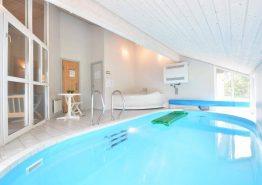 Ferienhaus mit Swimmingpool & Grill für die Großfamilie (Bild 3)