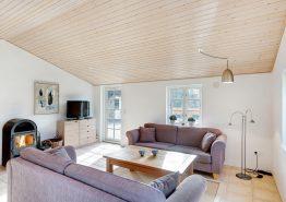 Gemütliches Reetdachhaus auf großem Naturgrundstück im ruhigen Vester Husby (Bild 3)