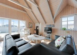 Ferienhaus auf großem Rasengrundstück für 8 Personen (Bild 3)