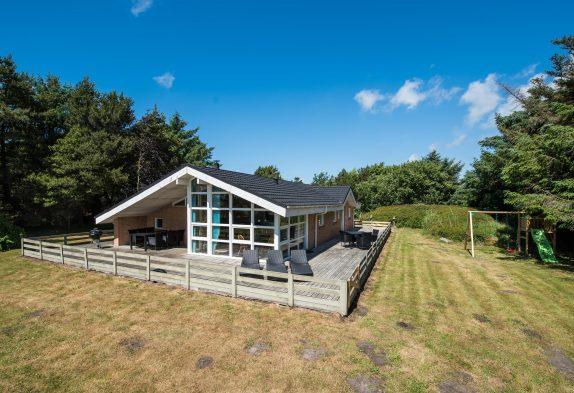 Schönes Haus für 8 Personen mit einem großem Grund