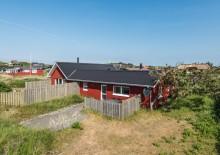 Dejligt sommerhus, der er del af et dobbelthus. Kat. nr.:  i0254, Nordsøvej 108 B;