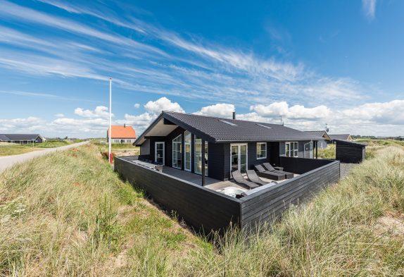 Ferienhaus in zentraler Lage – eingezäunte Terrasse