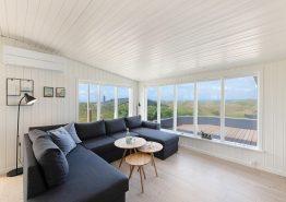 Dejlig sommerhusferie i dette hyggelige feriehus med havudsigt (billede 3)