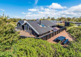 Umgebautes und renoviertes Ferienhaus mit Terrasse