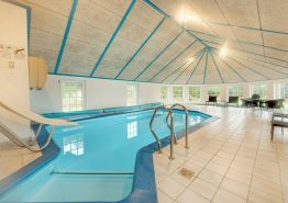 14 personers poolhus med energirigtig varmepumpe (billede 3)