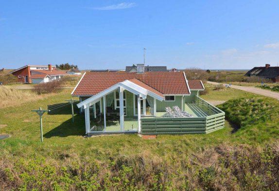 Schönes Ferienhaus mit teilweise überdachter Terrasse