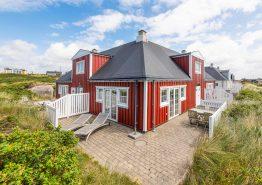 Lys og venlig ferielejlighed med spa og sauna i Søndervig (billede 1)