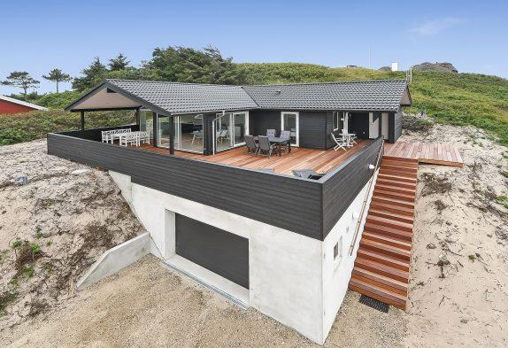 Flot feriehus i Søndervig med sauna kun 200 meter fra havet