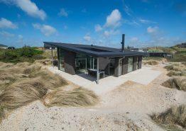Feriehus med sauna, spa og gratis rengøring tæt på stranden