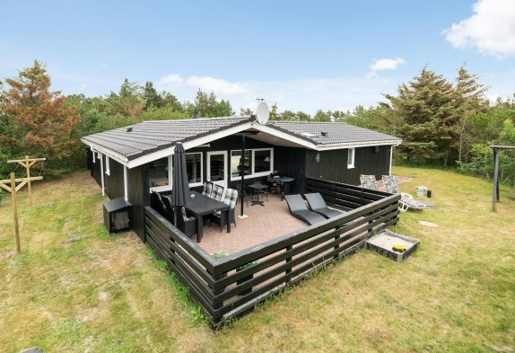 Schönes Ferienhaus, geschlossene Terrasse ? Für 2 Hunde