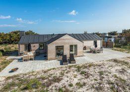 Neues 5-Sterne-Ferienhaus in Søndervig mit Sauna nah am Strand (Bild 1)