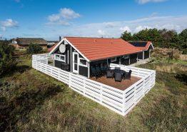 Schönes Ferienhaus mit toller, großer Terrasse (Bild 1)