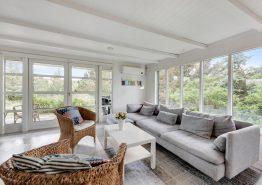 Ferienhaus mit Holzofen & Terrasse auf Naturgrundstück (Bild 3)